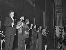 Wie stond er bij Katholiek Leven in Eindhoven op de planken in 1955?