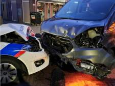 Dronken bestuurder van bestelwagen botst na achtervolging op politieauto in Soesterberg