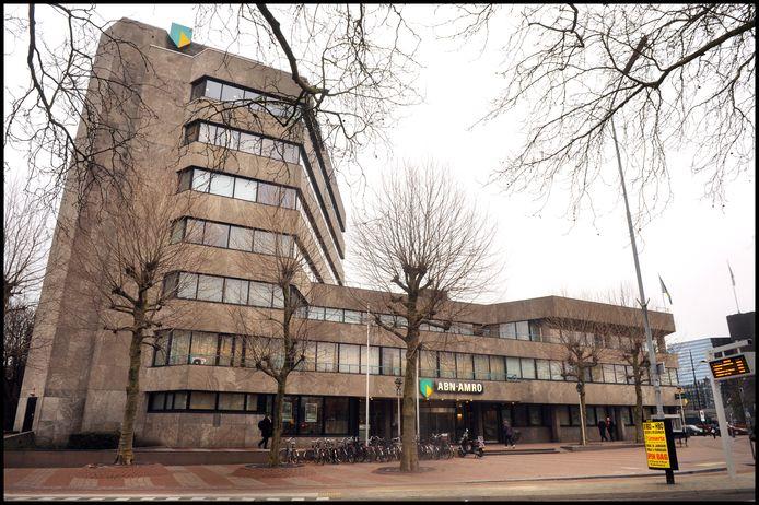 Het kantoor van ABN Amro aan het Keizer Karelplein.