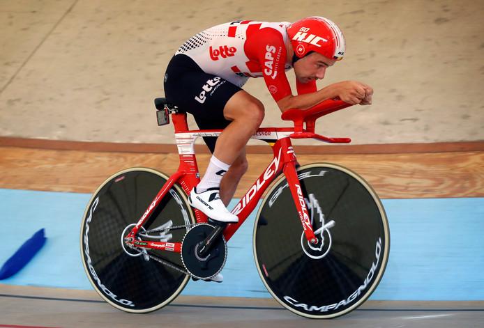 Victor Campenaerts tijdens zijn recordpoging.