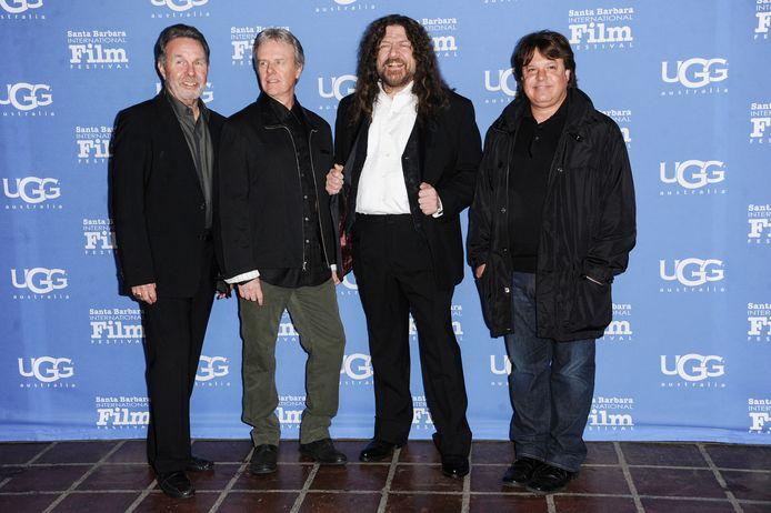 Robby Steinhardt (derde van links)