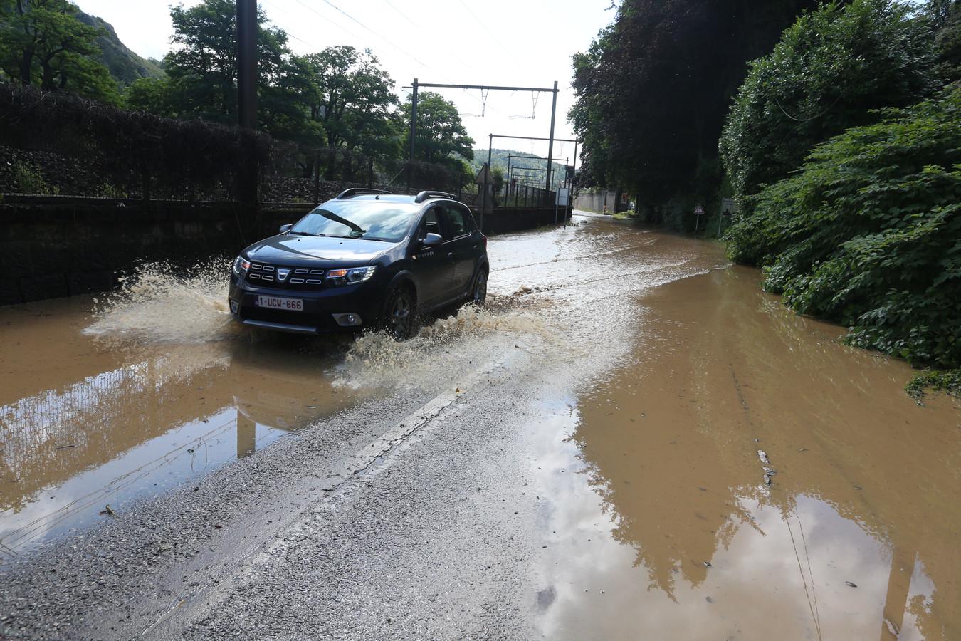 Inondations à Bouvignes-sur-Meuse (Dinant)