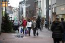 Een regenachtige dinsdag in Hasselt, maar eentje waarop mensen tóch naar buiten kwamen om opnieuw van een shopmoment te kunnen genieten.