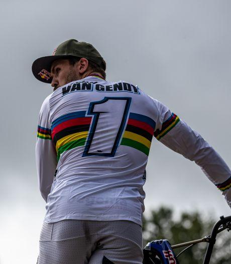 Twan van Gendt  blikvanger op WK-kwalificatie pump track in Roosendaal