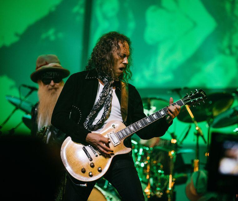 Metallica-gitarist Kirk Hammett op het tribute-concert, met Fleetwood Mac-oprichter Peter Greens Les Paul-gitaar uit 1959, die hij op een veiling had gekocht.  Beeld Ross Halfin