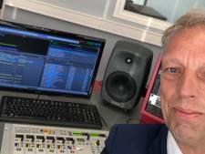 Burgemeester Sjors Fröhlich terug bij 'oude liefde': hij reikt de lintjes vandaag uit op de radio
