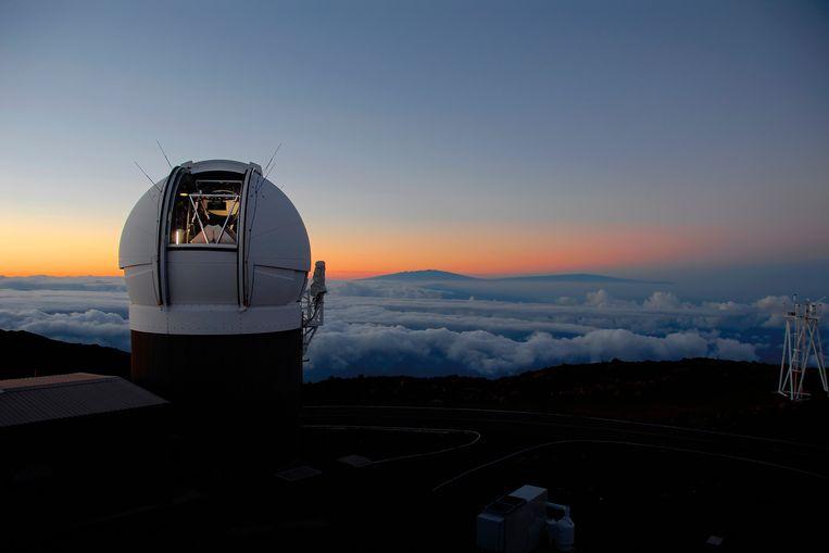 Voor het ontdekken van grote brokken ruimtepuin die in de buurt van de aarde kunnen komen, maken wetenschappers onder meer gebruik van deze zogeheten Pan-STARRS-telescoop op Hawaii. Beeld AP