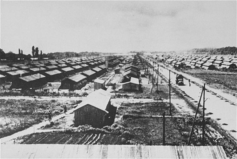 Löbl verbleef onder meer in het kamp van Gurs, aan de voet van de Pyreneeën. 'Het leven was er triest, maar niet lastig.'  Beeld RV US Holocaust Memorial Museum