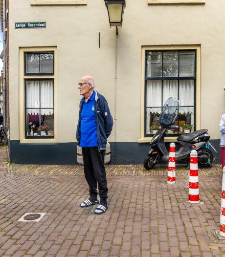 Flip (80) woont op één van de bijzonderste plekken van Utrecht, maar is het stiekem zat: 'Een yuppenwijk'