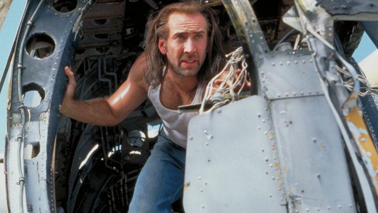 Nicolas Cage in Con Air van Simon West. Beeld