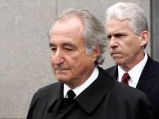 Le célèbre escroc Bernard Madoff doit mourir derrière les barreaux, tranche un juge