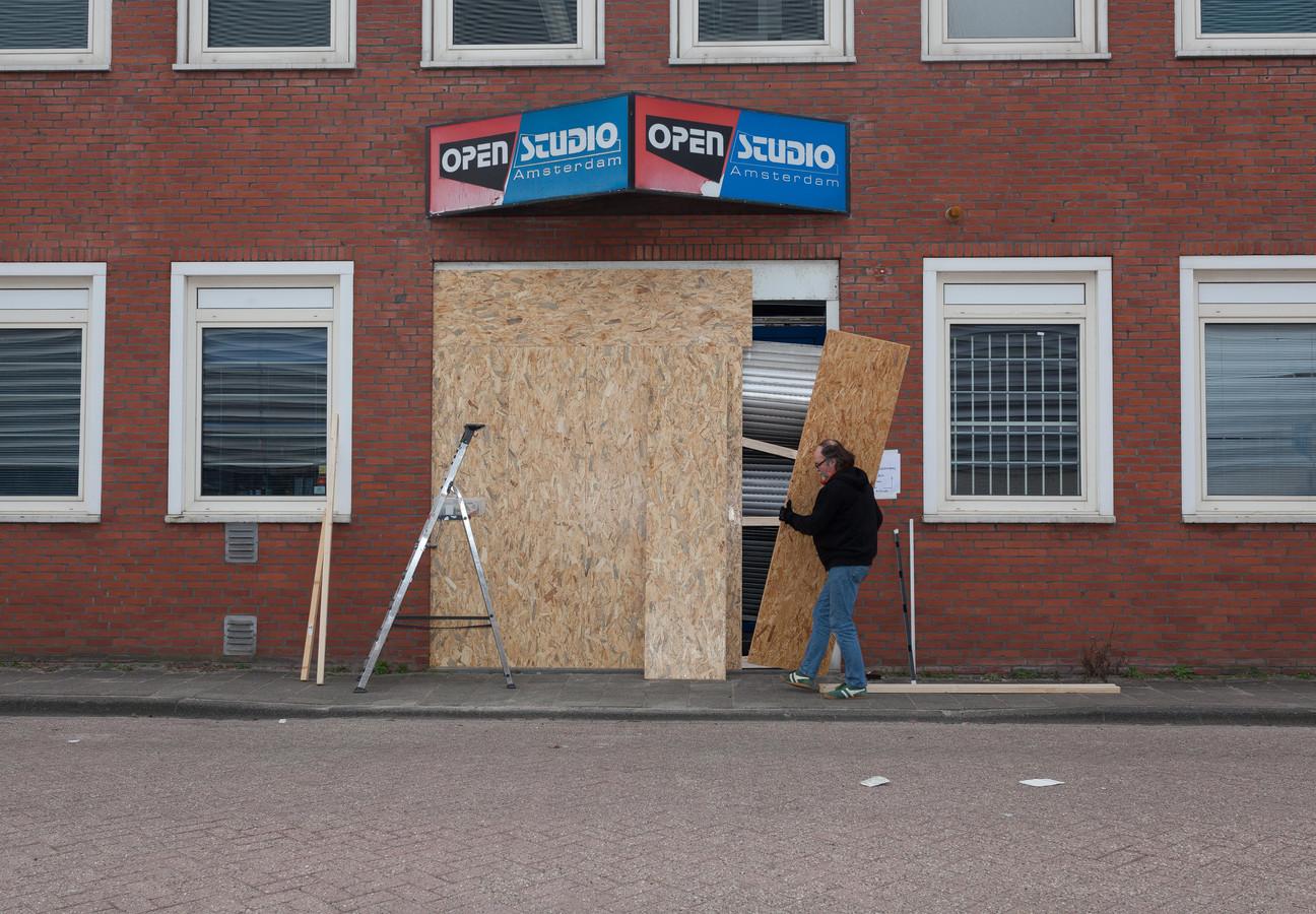 Open Studio Amsterdam aan de Johann Siegerstraat na het incident.
