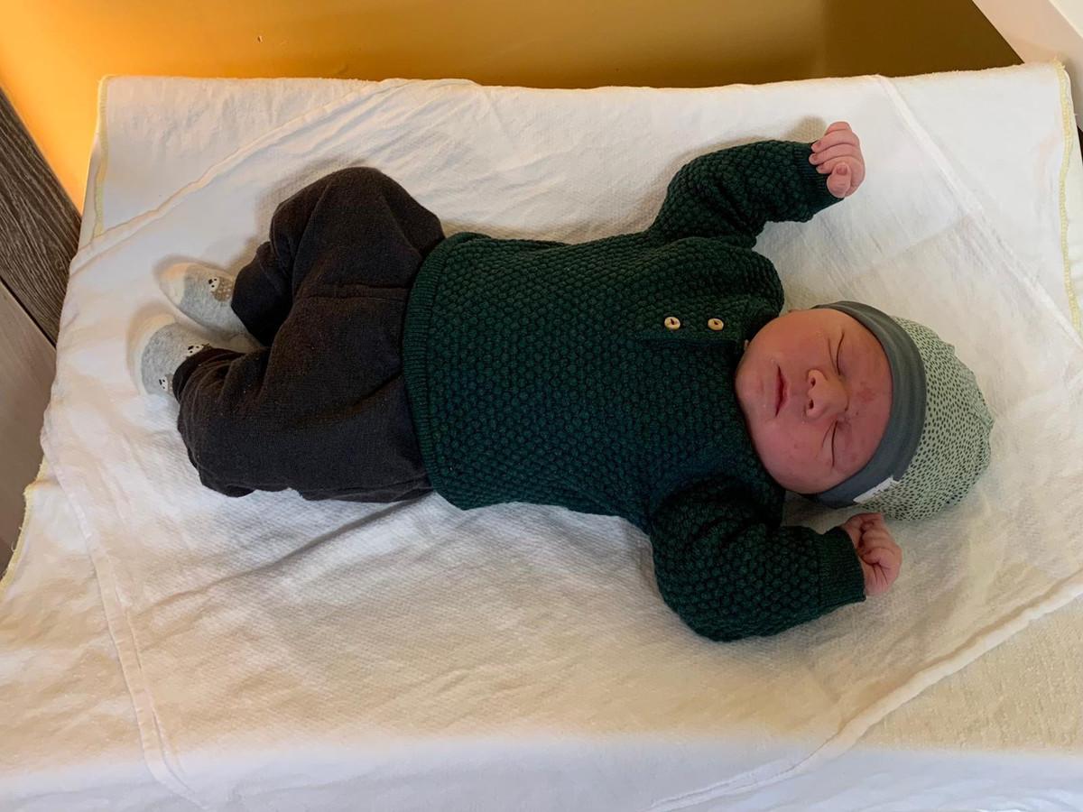 Tobias, de eerste baby van 2021 in het Bravis ziekenhuis.