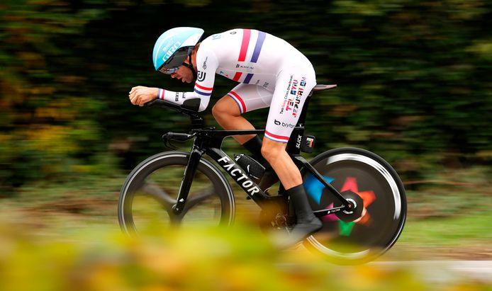Dowsett tijdens de tijdrit in de Giro van 2020.