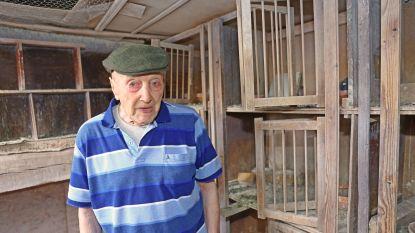 """VIDEO. Oudste duivenmelker van het land viert 100ste verjaardag: """"Mijn duivenkot houdt mij in conditie"""""""
