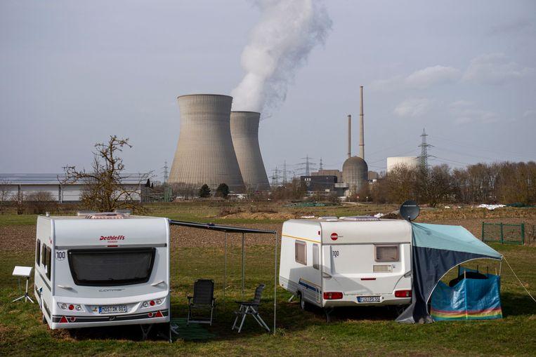 De energiecentrale bij Gundremmingen in Duitsland.  Beeld AFP