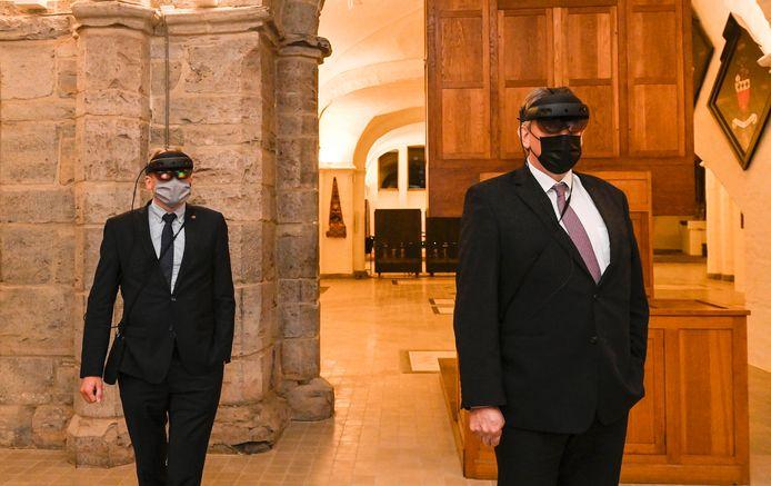 In het bezoekerscentrum word je rondgeleid met een AR-bril