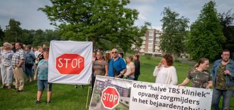 Gesprek gemeente en eigenaar Paasbergflat muurvast: 'We willen niet langer met ons laten sollen'