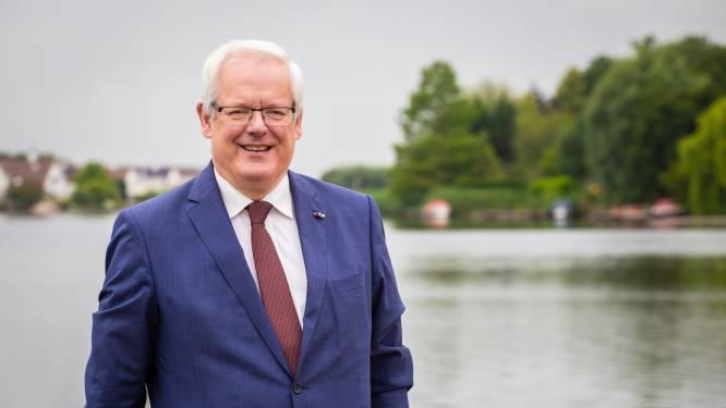 Dordtenaar Govert Veldhuijzen komend jaar burgemeester van Barendrecht