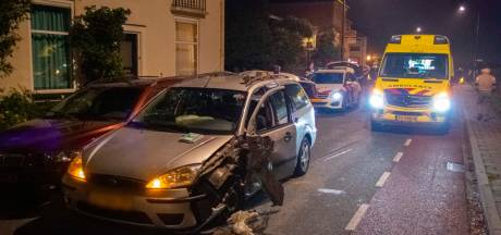 Automobilist mee naar politiebureau na botsing in Oosterbeek