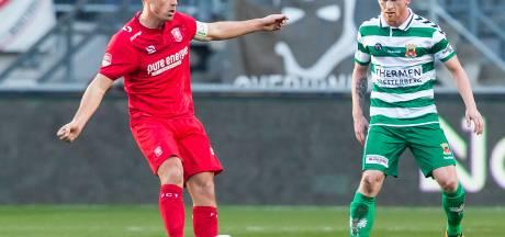 LIVE: FC Twente met achterstand de rust in na blunder Ricardinho