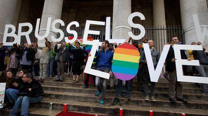23 concrete acties moeten homofobie in Brussel tegengaan