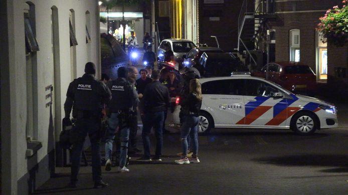 Inval van het arrestatieteam in Aalten.