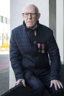 Henry Porter (95) doet bevrijding van Hengelo nog even dunnetjes over