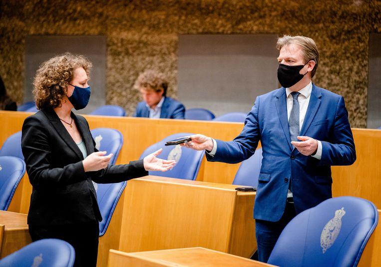 Renske Leijten (SP) en Pieter Omtzigt (CDA) tijdens een debat naar aanleiding van de toeslagenaffaire. Beeld ANP