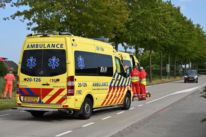 Fietser ernstig gewond bij aanrijding met vrachtwagen in Ulicoten