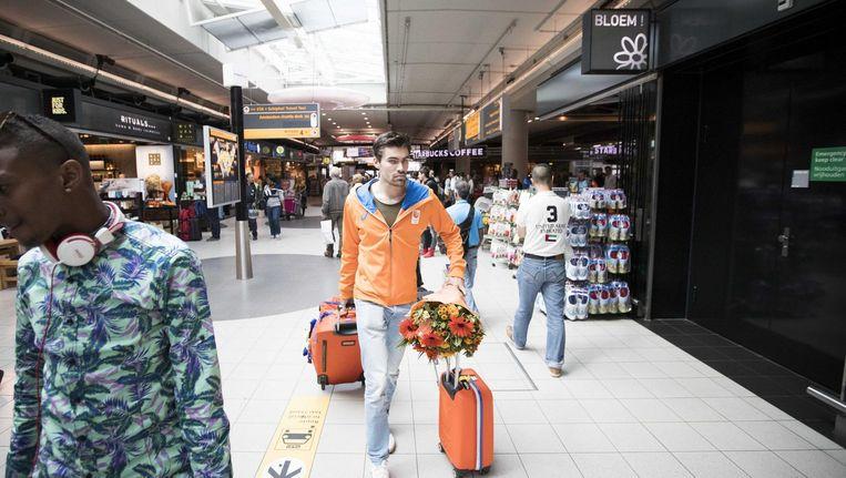 Tom Dumoulin bij aankomst op Schiphol Beeld anp
