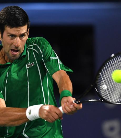 Djokovic wint eerste duel sinds Australian Open met gemak