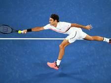 Federer probleemloos naar derde ronde