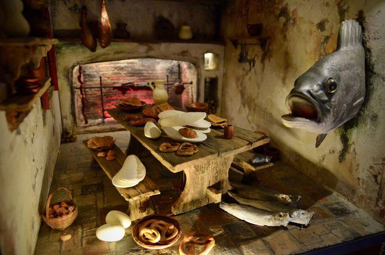 De kijkdoos met de sprekende vis. Eten in de tijd van Bruegel: vastenavond. Beeld Pieter Janssens