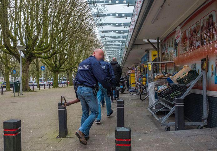Inval bij panden om illegaal gokken in Den Haag