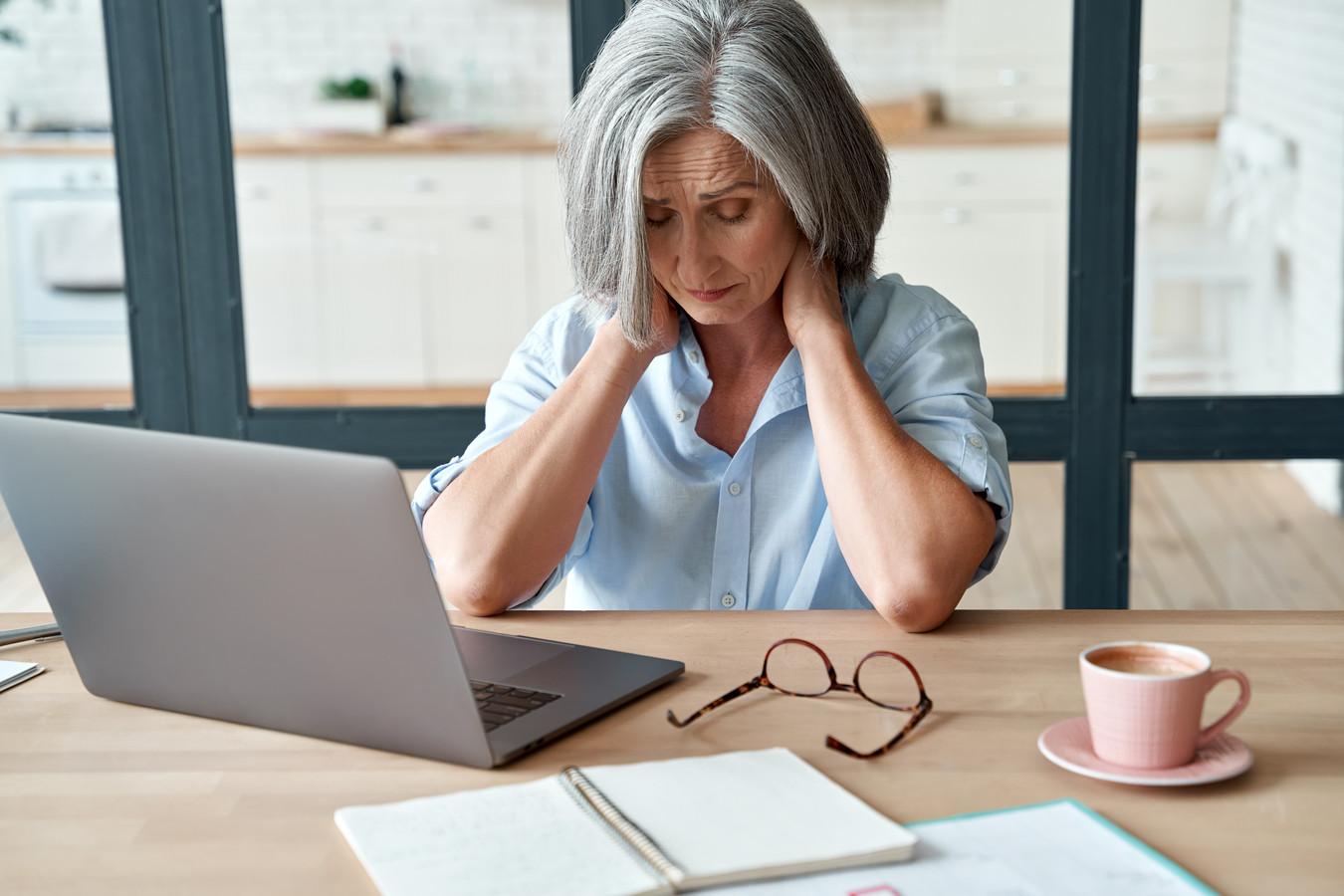 Foto ter illustratie. Veel vrouwen hebben tijdens de overgang last van vermoeidheid.