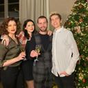 Kelly Pfaff met haar gezin: partner Sam en kinderen Shania en Kenji