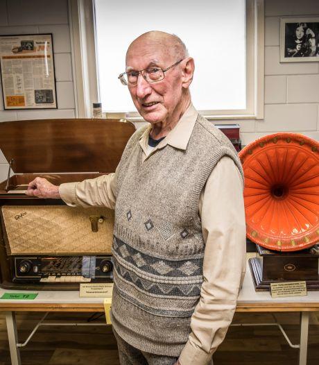 Museumdirecteur is een groot woord, Hengeloër Henk de Groot is gewoon verknocht aan radio's