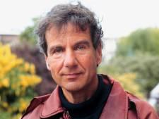 Fred Emmer: 'Als nieuwslezer in een keurslijf, maar eigenlijk een vrije geest'