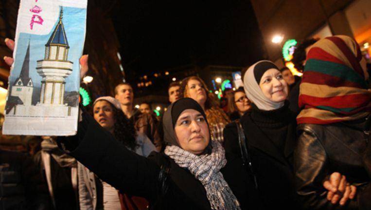 Dinsdag werd massaal geprotesteerd tegen het minaretverbod. Foto AP Beeld