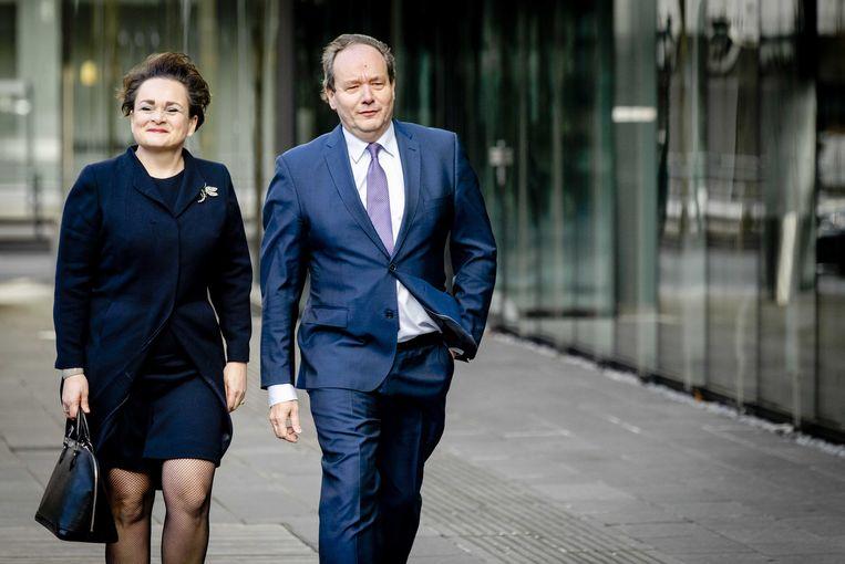 Alexandra van Huffelen en Hans Vijlbrief, staatssecretarissen van financiën.  Beeld ANP