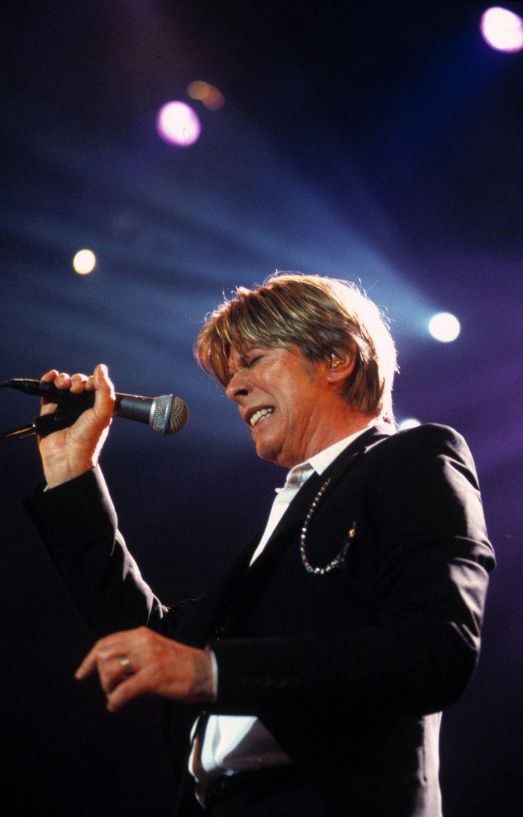 'De rockgod Bowie is wijlen. Ik wil alleen nog mooie muziek maken, en af en toe iets zinnigs vertellen. Kan dat volstaan?' Beeld Gie Knaeps