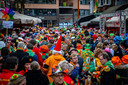 Een overvolle Korte Heuvel in Tilburg, tijdens carnaval vorig jaar. Dat zit er dit jaar bij lange na niet in.