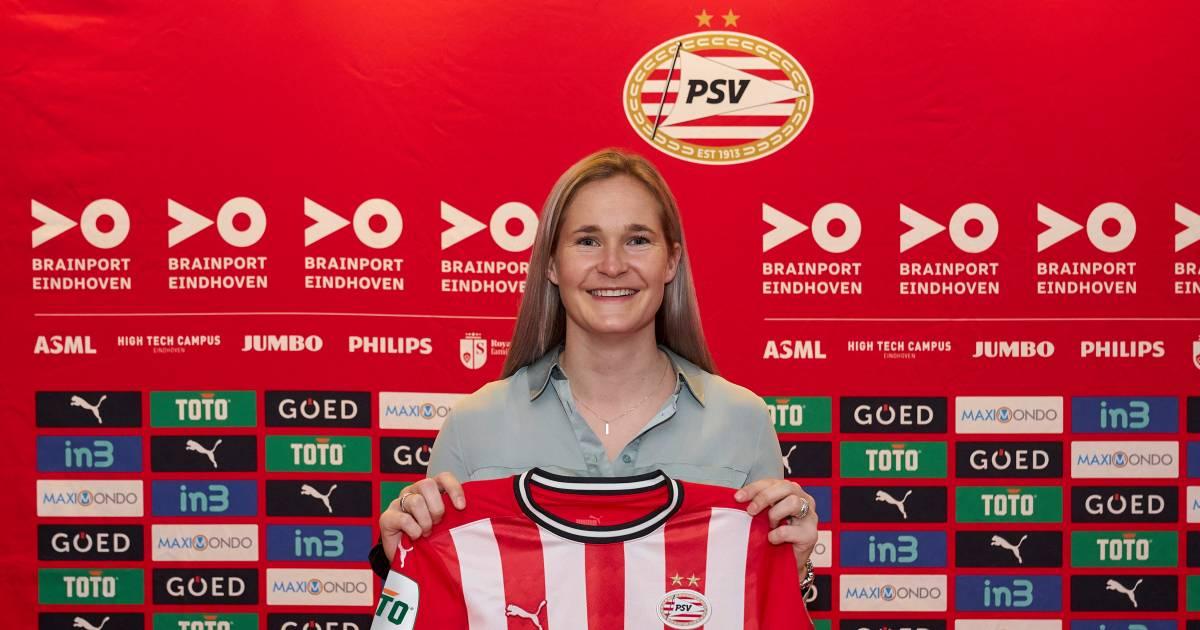 Mama Van Lunteren keert na de zomer niet bij Ajax maar bij PSV terug op het voetbalveld - AD.nl
