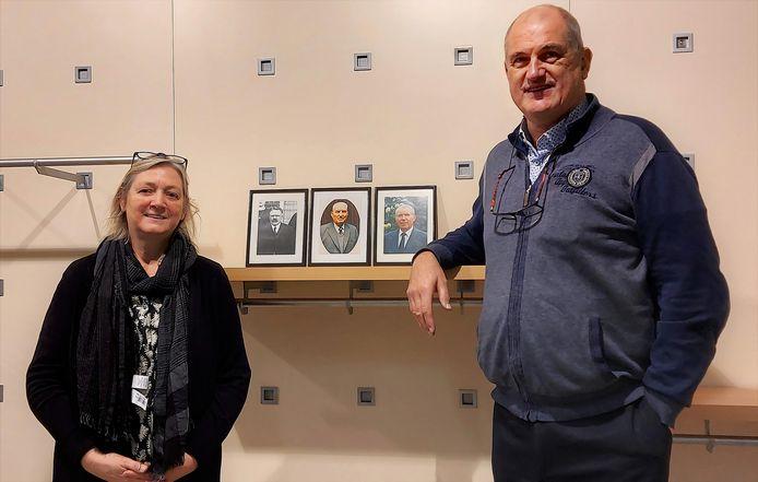 Jan en Ria bij de drie andere generaties van winkeluitbaters.