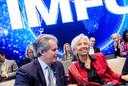 David Lipton (L) met Christine Lagarde. Lipton neemt de taken van Lagarde bij het IMF waar.