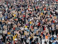 LIVE | Black Lives Matter protest in Utrecht afgelopen, meer dan 3500 betogers lieten hun stem horen
