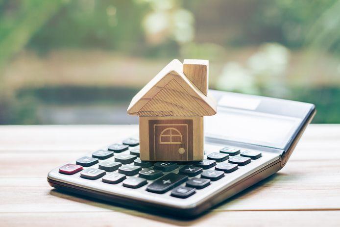 Hoeveel overdrachtsbelasting moet je betalen voor de aankoop van een bestaande woning? Er gelden vanaf 1 januari andere tarieven.
