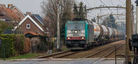 Nog meer goederentreinen door West-Brabant? ,,Leg een tunnel tussen Antwerpen en Rotterdam!''