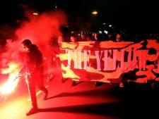 NAC-supporters breken nacht eerste opponent FC Volendam: eindeloos vuurwerk voor hotel in Arnhem